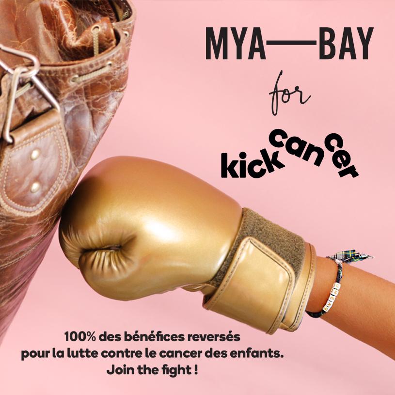 Gant de boxe dans sac cuir avec bracelet KickCancer en collaboration avec MYA BAY