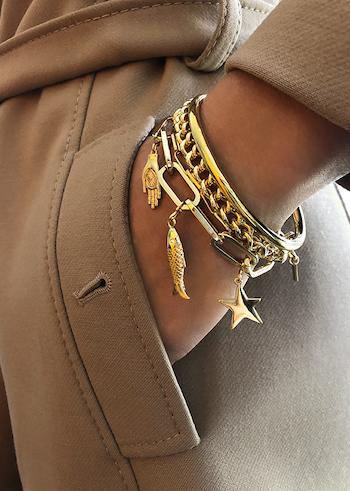 Pimp collection Mya Bay, gold bracelets with pendants