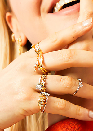 Mya Bay rings in gold and silver to accumulate from the new collection